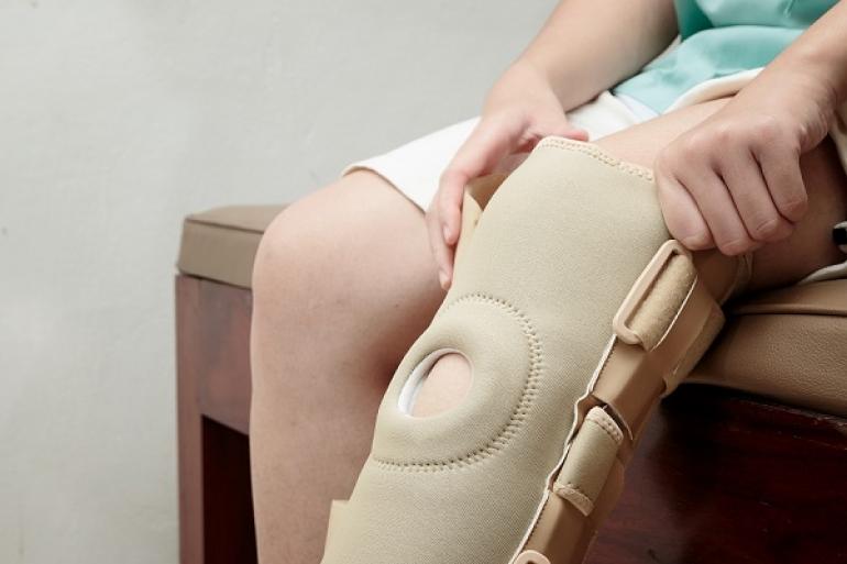 L importance d un bon immobilisateur de genou. 0f5925b142e